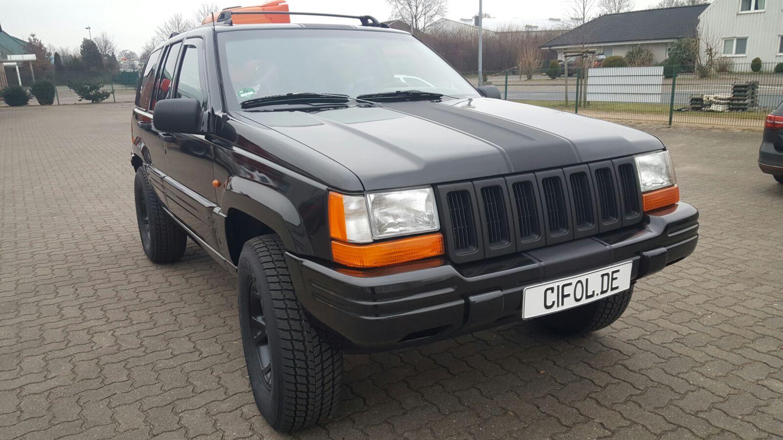 Premiumfolierung Jeep Grand Cherokee