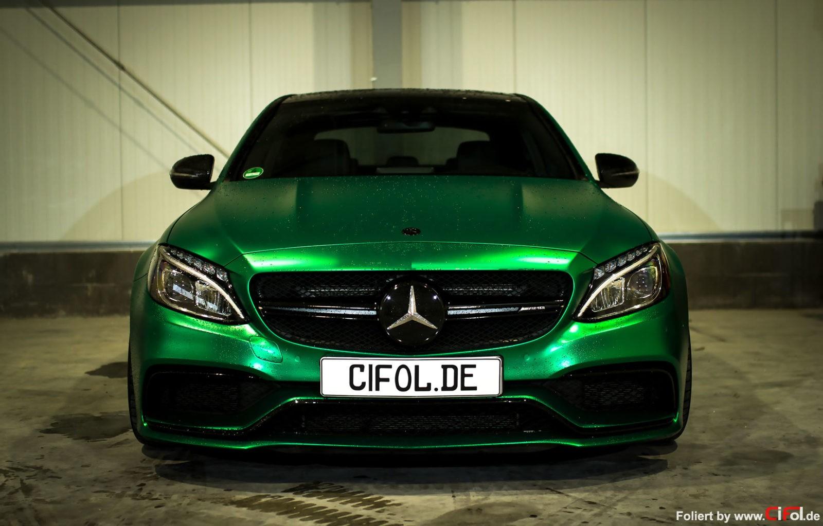Premiumfolierung Mercedes C63 AMG
