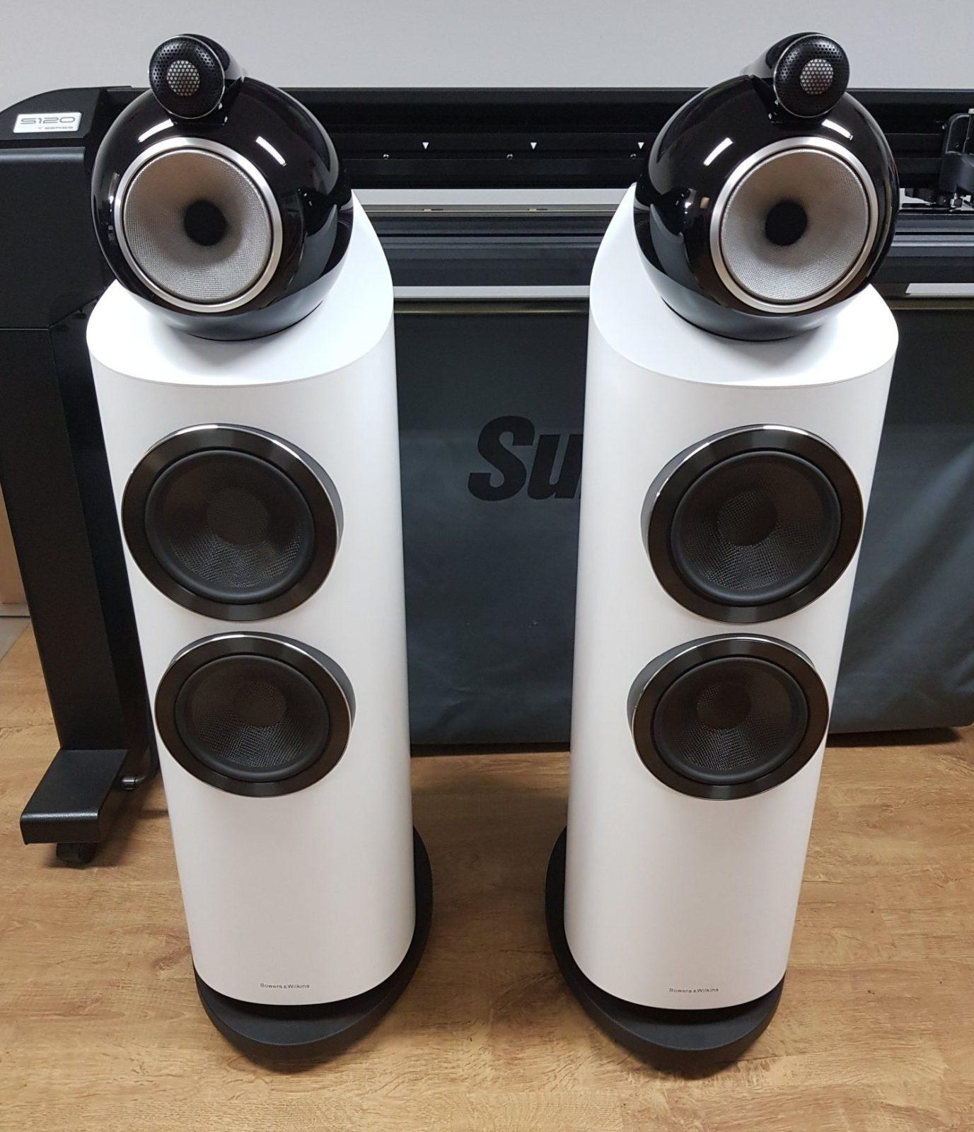 Lautsprecher in satin weiß