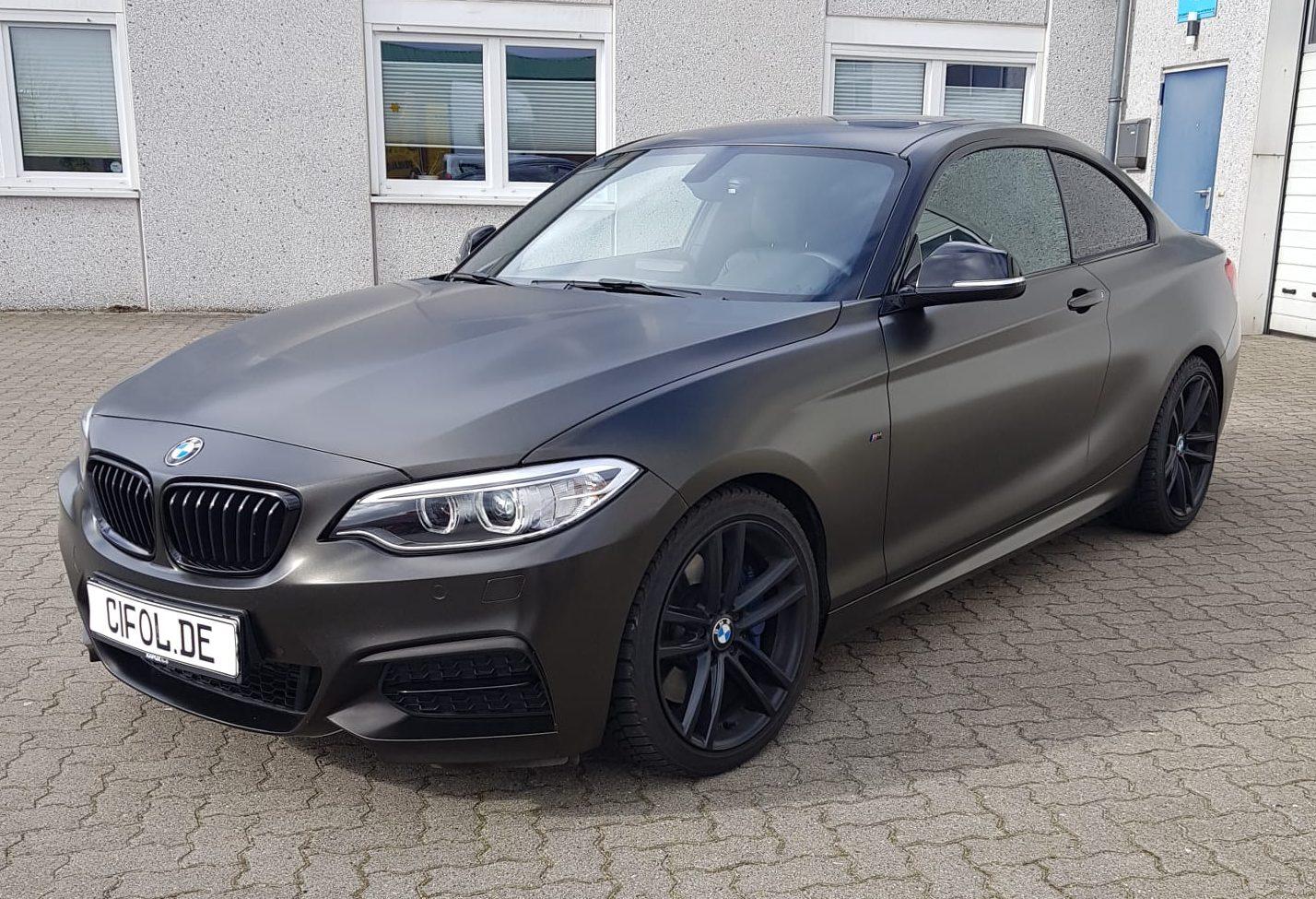 Premium Plus Vollfolierung für einen BMW