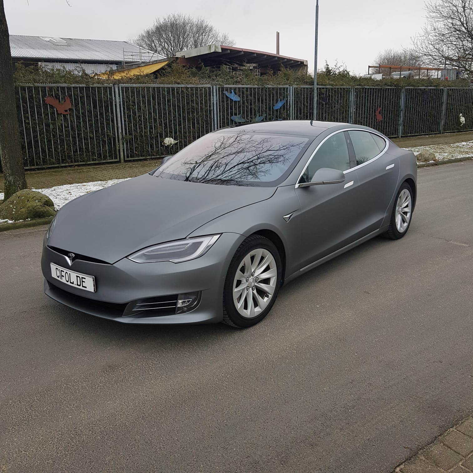 Premium Vollfolierung Tesla Model S Gunmetal